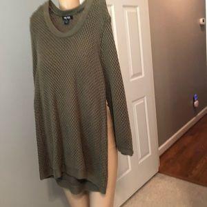 Olive sweater tunic Sz xlarge junior